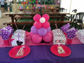 Friendship party table decor