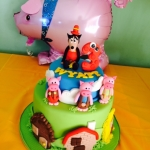 Cake for pigs party